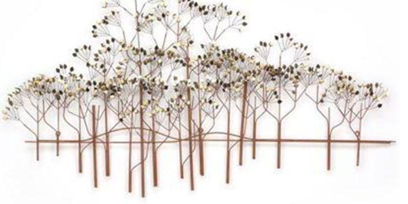 Decoratiestuk met bomen en takken